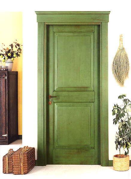 двери входные зеленого цвета