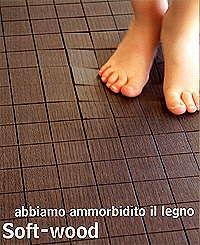 Мягкий деревянный пол от LAGO. Мебельная выставка SALONE DEL MOBILE 2005.